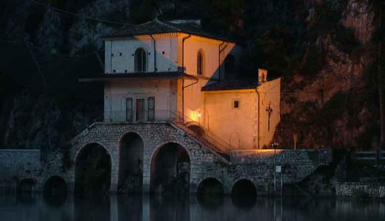 Chiesetta del Lago di Scanno